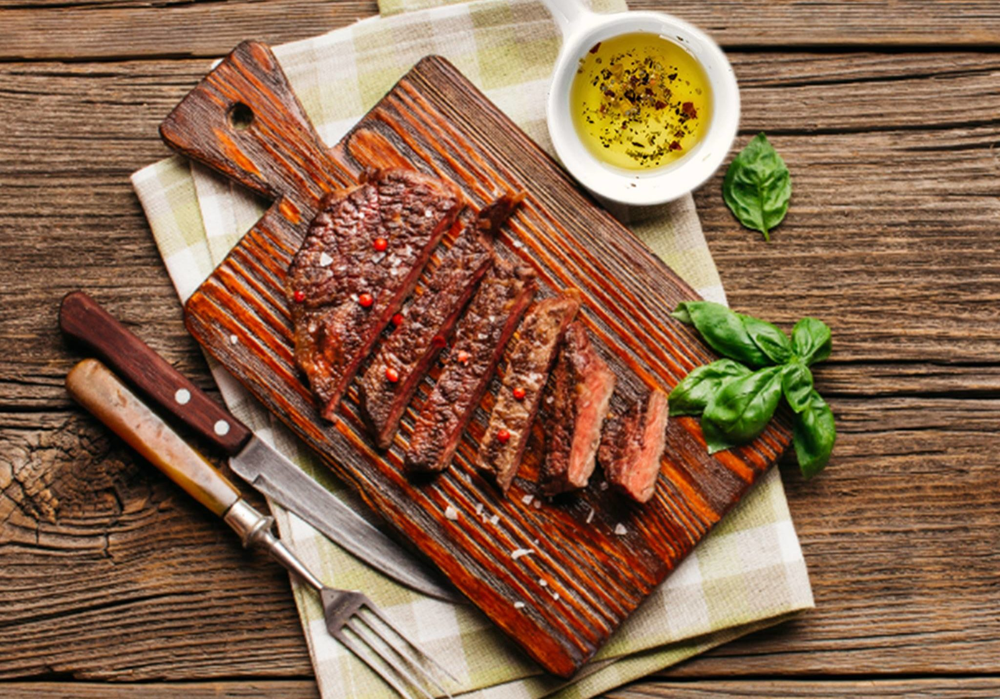 Marinated Steak recipe that includes ways of preparing a marinade with Willow Creek's Extra Virgin Olive Oil